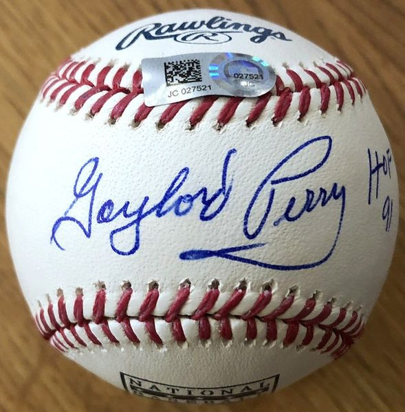 Gaylord Perry autographed Rawlings Hall of Fame baseball (MLB authenticated)