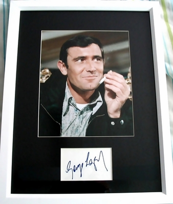 George Lazenby autograph matted & framed with James Bond 007 photo
