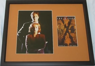 Gillian Anderson and David Duchovny autographed X-Files video cover matted and framed with 8x10 photo