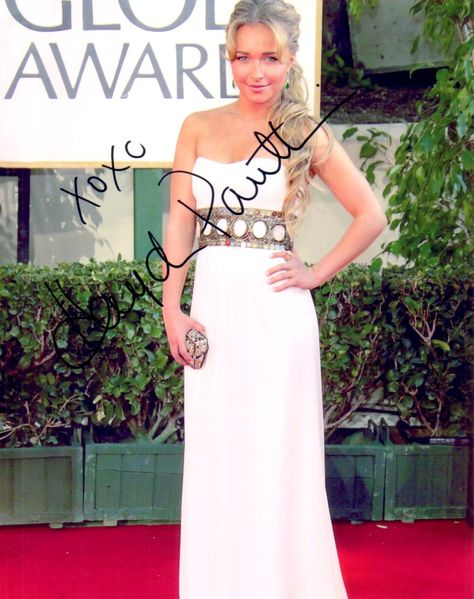 Hayden Panettiere autographed Golden Globes 8x10 photo