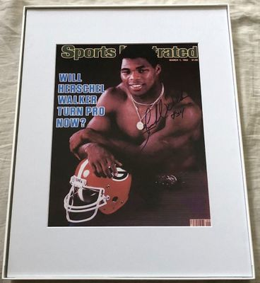 Herschel Walker autographed Georgia Bulldogs 1982 Sports Illustrated cover 8x10 print matted and framed