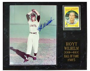 Hoyt Wilhelm autographed New York Giants 8x10 photo & card in plaque