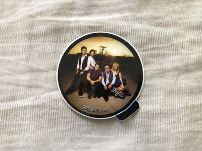 It's Always Sunny in Philadelphia cast San Diego Comic-Con mini decal or sticker