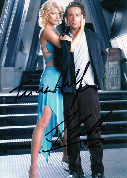James Callis and Tricia Helfer autographed Battlestar Galactica 5x7 photo