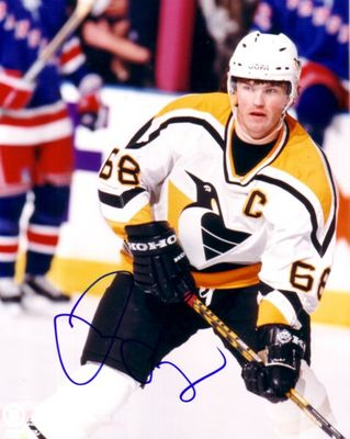 Jaromir Jagr autographed Pittsburgh Penguins 8x10 photo