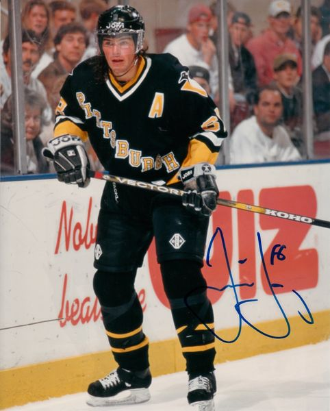 Jaromir Jagr autographed Pittsburgh Penguins 8x10 photo (Mounted Memories)