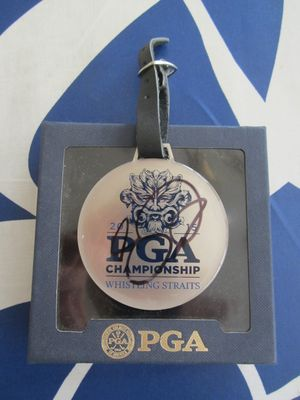 Jason Day autographed 2015 PGA Championship logo medal or pendant