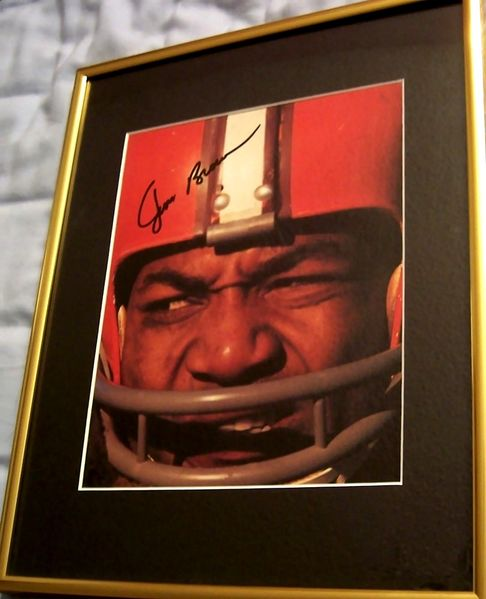 Jim Brown autographed Cleveland Browns 8x10 photo matted & framed