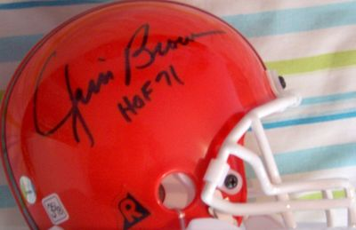 Jim Brown autographed Cleveland Browns mini helmet inscribed HOF 71 (Mounted Memories)