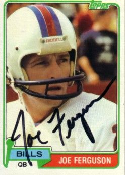 Joe Ferguson autographed Buffalo Bills 1981 Topps card