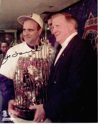 Joe Torre autographed New York Yankees 1996 World Series celebration 8x10 photo with George Steinbrenner