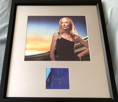 Joely Richardson autograph matted and framed with Nip/Tuck 8x10 photo