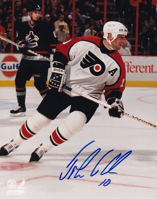 John LeClair autographed Philadelphia Flyers 8x10 photo