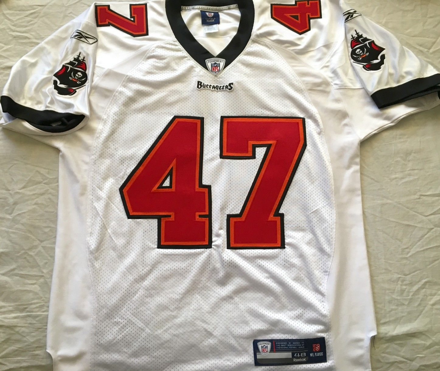 0cc2c9f4d0eac3 ... sweden john lynch tampa bay buccaneers authentic reebok game model  white stitched jersey new b3e08 99709