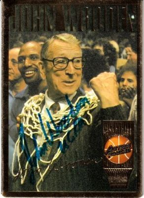 John Wooden autographed UCLA Bruins 1994 Action Packed Hall of Fame card