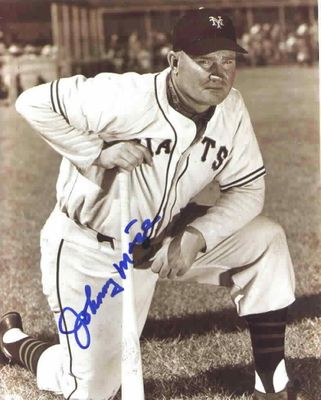 Johnny Mize autographed New York Giants 8x10 photo
