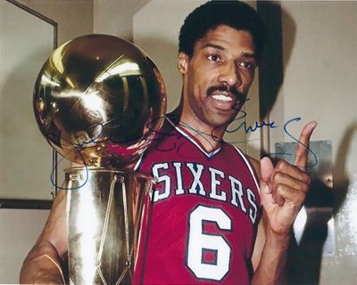 Julius (Dr. J) Erving autographed Philadelphia 76ers 1983 NBA Championship celebration 8x10 photo