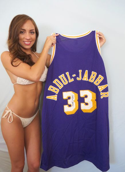 Kareem Abdul-Jabbar autographed Los Angeles Lakers 1979-80 Mitchell and Ness jersey