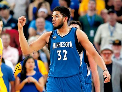 Karl-Anthony Towns autographed Minnesota Timberwolves 8x10 photo