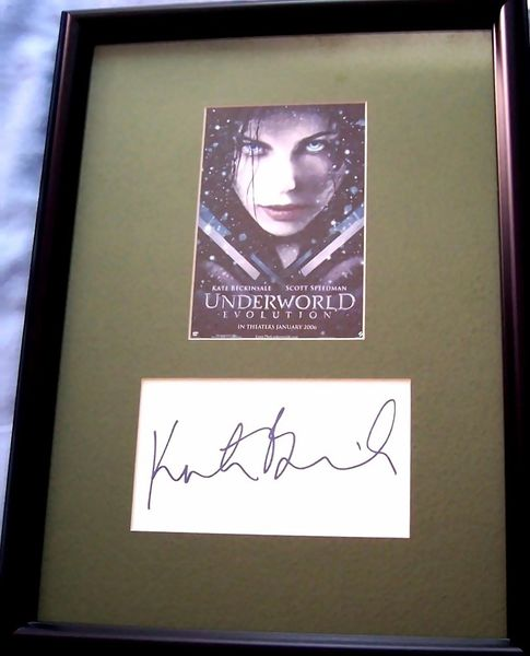 Kate Beckinsale autograph matted and framed with Underworld Evolution movie postcard