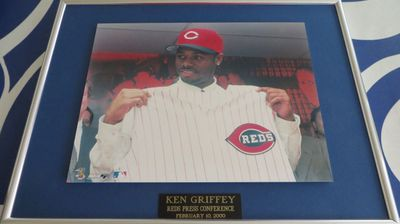 Ken Griffey Jr. Cincinnati Reds 2000 press conference 8x10 photo matted and framed