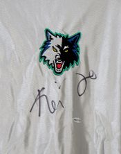 Kevin Garnett autographed Minnesota Timberwolves Puma game model silver warmup jersey or shooting shirt (UDA)