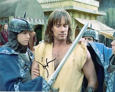 Kevin Sorbo autographed Hercules 8x10 photo