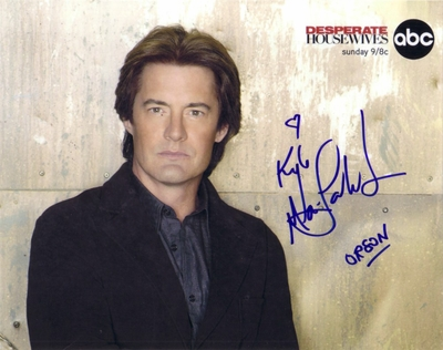 Kyle MacLachlan autographed Desperate Housewives 8x10 photo