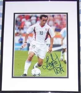 Landon Donovan autographed U.S. Soccer 8x10 photo matted and framed