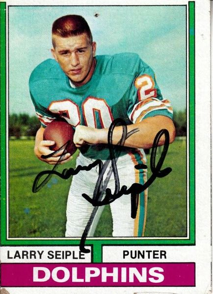 Larry Seiple autographed Miami Dolphins 1974 Topps card