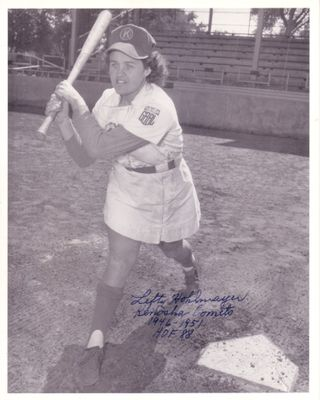 Lefty Hohlmayer autographed 8x10 Kenosha Comets photo