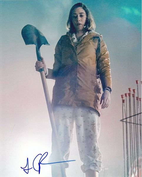 Lizzy Caplan autographed Castle Rock 8x10 photo