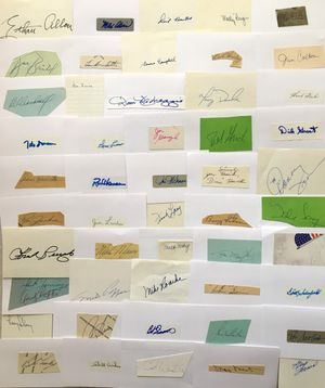 Lot of 71 baseball autographed index cards or cut signatures (Bobby Bonilla Lew Burdette Joe Garagiola Bob Grich Dick Groat Marty Marion Andy Pafko Johnny Sain)