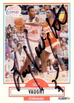 Loy Vaught autographed Los Angeles Clippers 1990-91 Fleer card