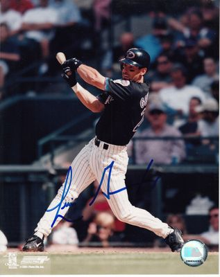 Luis Gonzalez autographed Arizona Diamondbacks 8x10 action photo