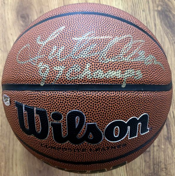 Lute Olson autographed Wilson NCAA basketball inscribed '97 Champs