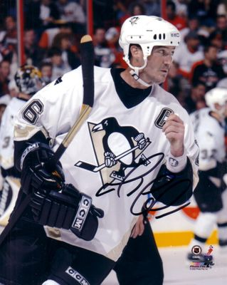 Mario Lemieux autographed Pittsburgh Penguins 8x10 photo