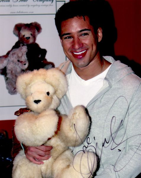 Mario Lopez autographed 8x10 photo