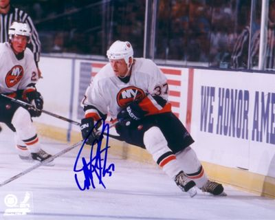 Mark Parrish autographed New York Islanders 8x10 photo