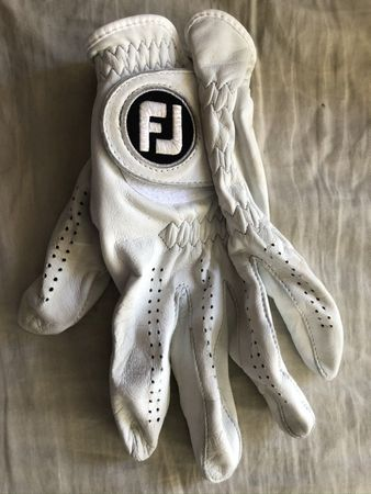 Max Homa autographed 2020 Farmers Insurance Open used or worn FootJoy golf glove
