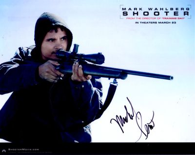 Michael Pena autographed Shooter movie 8x10 publicity photo