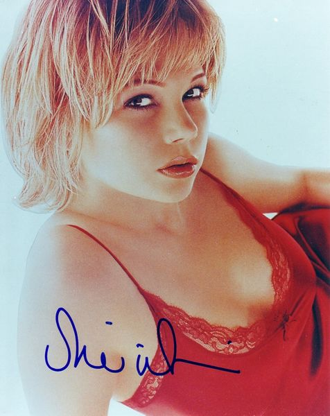 Michelle Williams autographed 8x10 photo