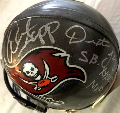Mike Alstott Dexter Jackson Warren Sapp autographed Tampa Bay Buccaneers mini helmet (Mounted Memories and Steiner holograms)