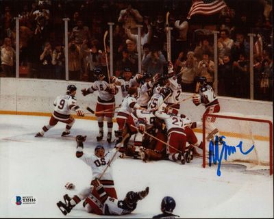 Mike Eruzione autographed 1980 Miracle on Ice USA Olympic Hockey Team celebration 8x10 photo (BAS authenticated)