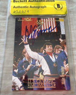 Mike Eruzione autographed 1980 Miracle on Ice USA Olympic Upper Deck card (BAS authenticated)