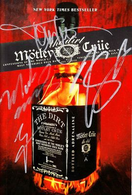 Motley Crue autographed The Dirt softcover book (Tommy Lee Mick Mars Vince Neil Nikki Sixx)