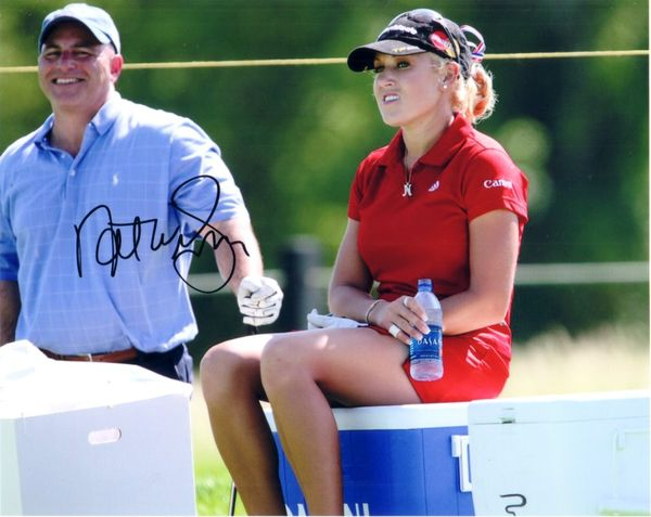 Natalie Gulbis autographed 8x10 LPGA water break photo