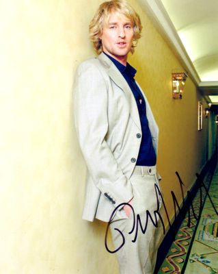 Owen Wilson autographed 8x10 portrait photo
