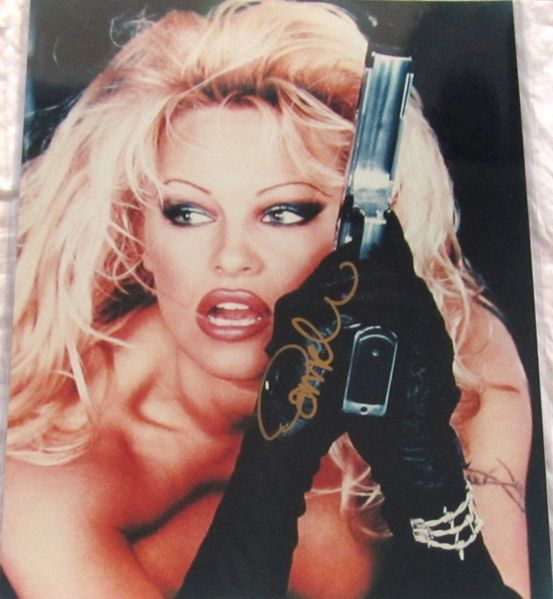 Pamela Anderson autographed Barb Wire 16x20 poster size movie photo