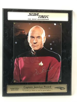Patrick Stewart autographed Star Trek The Next Generation 8x10 photo in plaque (#/5000)
